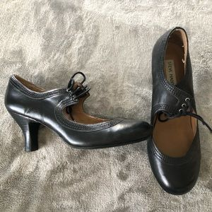 Little witchy shoes